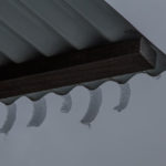 Fingernails of icicles